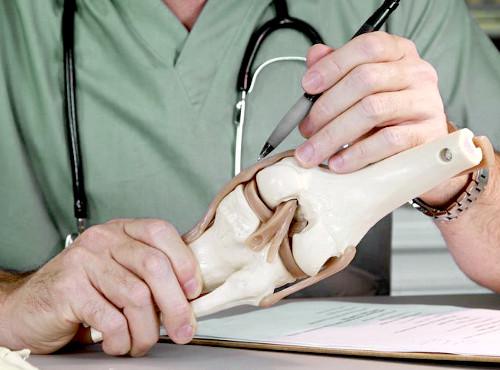 Хирург и ортопед